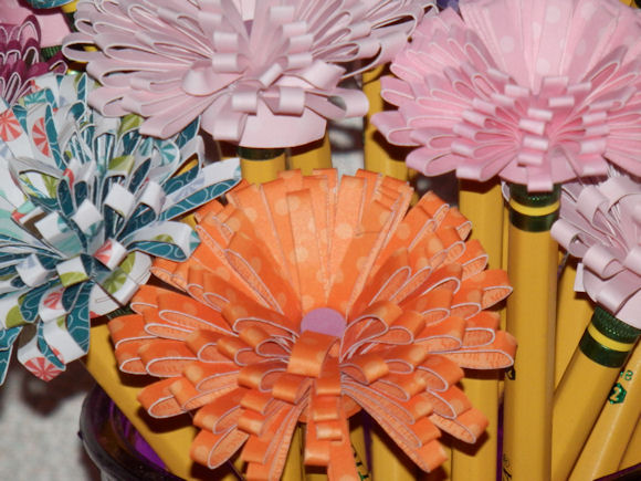 Fringe Flowers Pencil topper close up