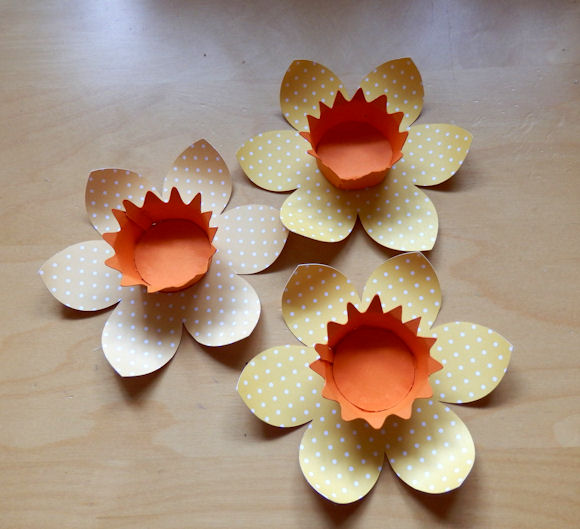 Daffodil Favors